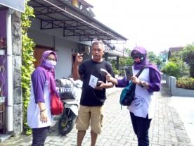 Pembagian Masker Untuk Warga Kelurahan Purbayan