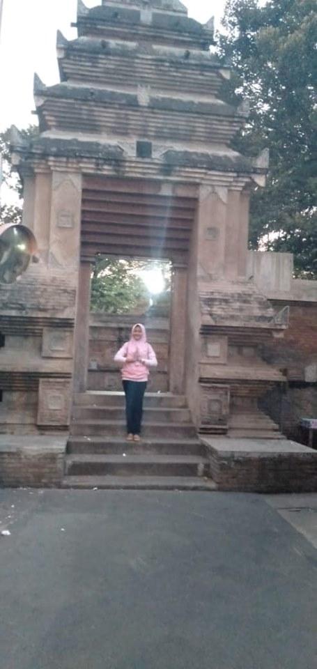 Wisata Religi Komplek Makam  Raja Mataram Kotagede